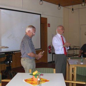 AG 60plus Vorsitzender Dieter Pohl mit dem Referenten  H. Riechmann  (Foto: SPD)